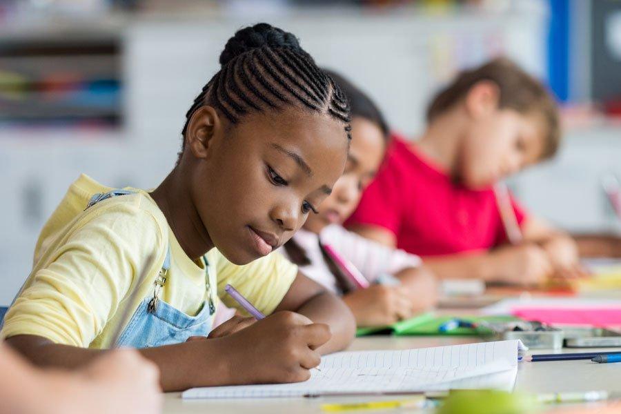 montessori vs traditional school