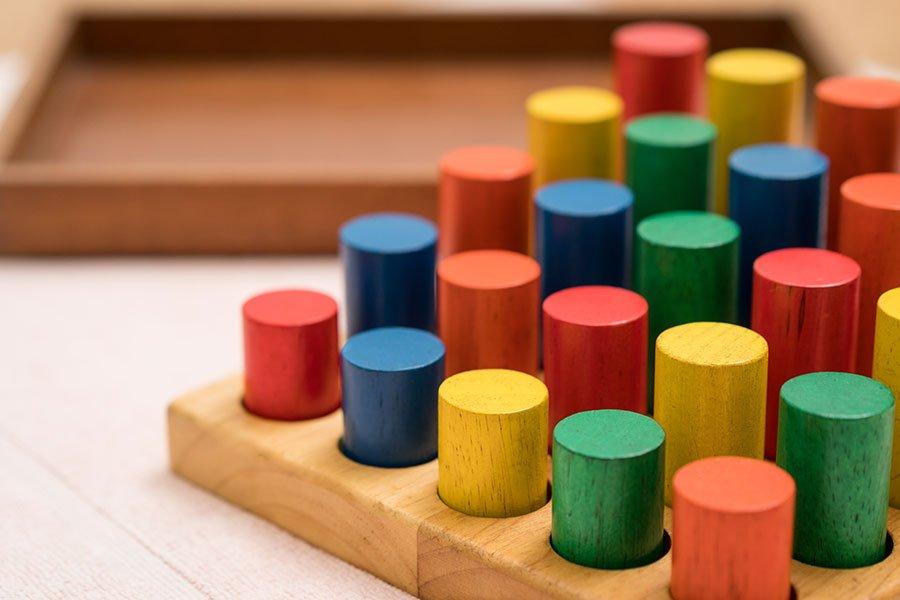 Montessori Blocks: Montessori Method Pros and Cons